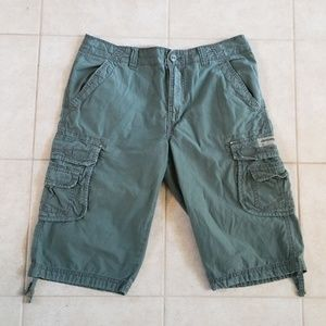 Men's nice cargo shorts from Union Bay size 34